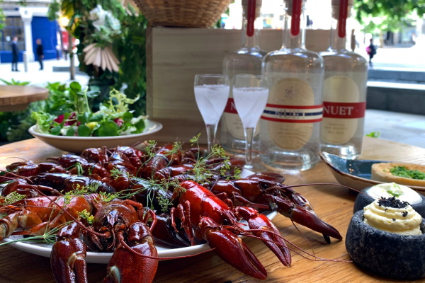 Nuet Crayfish Party